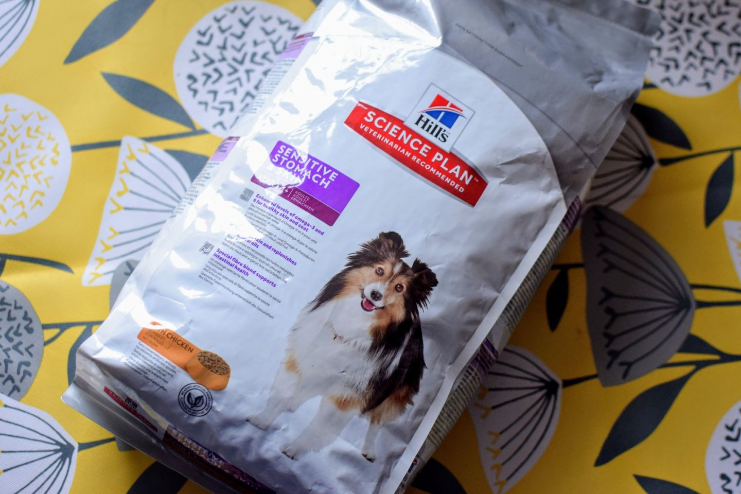 , #Ad We Have a Dog! Hill's Science Plan Dog Food Review