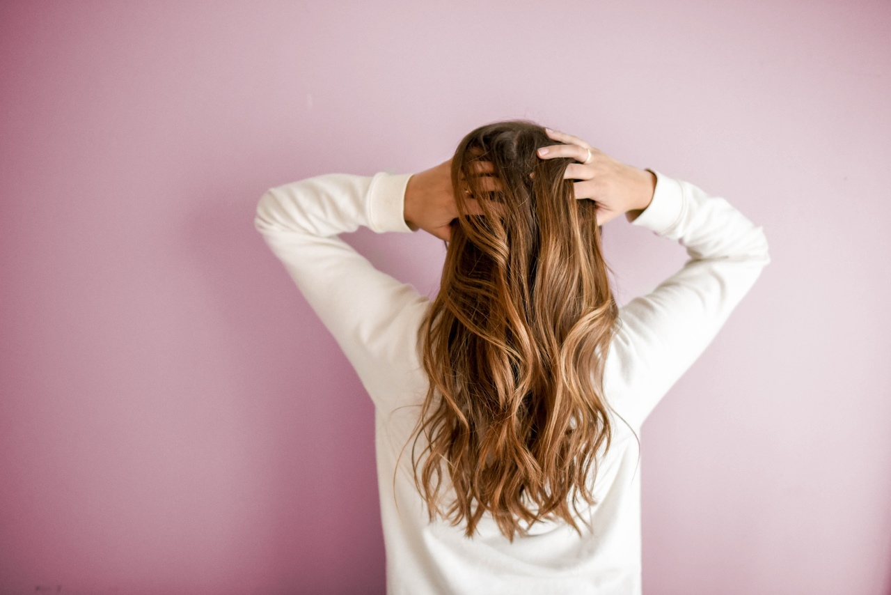 , Why Is My Hair Falling Out So Much? Most Common Symptoms and Causes